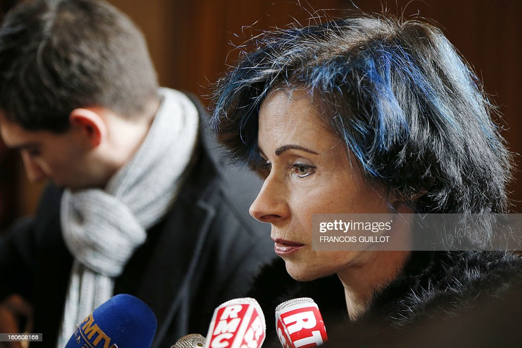French doctor at Port-Royal Hospital, Isabelle Ferrand speaks during a press conference on February 3, 2013 at the Port-Royal maternity in Paris, after a baby died in utero on February 1. A pregnant woman was due to give birth during the night on January 31 to February 1st at Port-Royal maternity, but could not be treated because no room was available upon her arrival at the emergency unit, according to French newspaper Le Parisien. French government requested today to launch an 'exceptional inquiry' and Social Affairs and Health Minister Marisol Touraine expressed her 'deep emotion' towards the couple. AFP PHOTO FRANCOIS GUILLOT