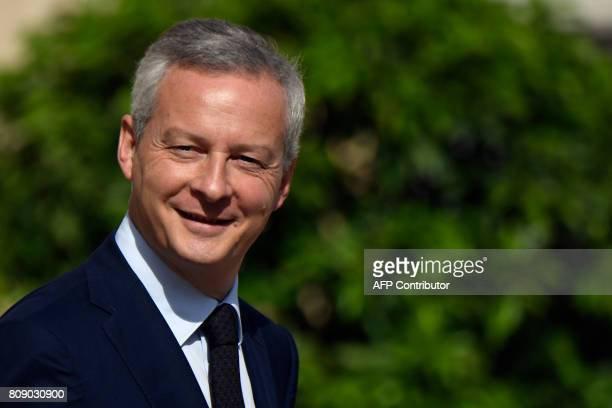 French Economy Minister Bruno Le Maire arrives for the weekly cabinet meeting on July 5 2017 at the Elysee palace in Paris / AFP PHOTO / Eric...