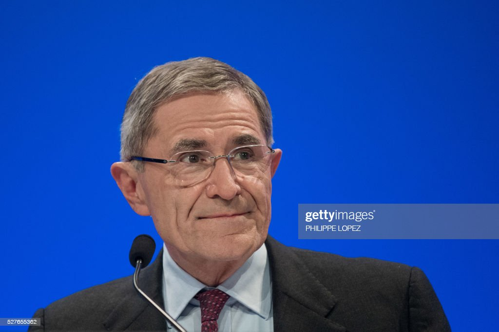 French energy giant ENGIE's chairperson and former chief executive officer Gerard Mestrallet addresses a general assembly of the group in Paris on May 3, 2016. / AFP / PHILIPPE