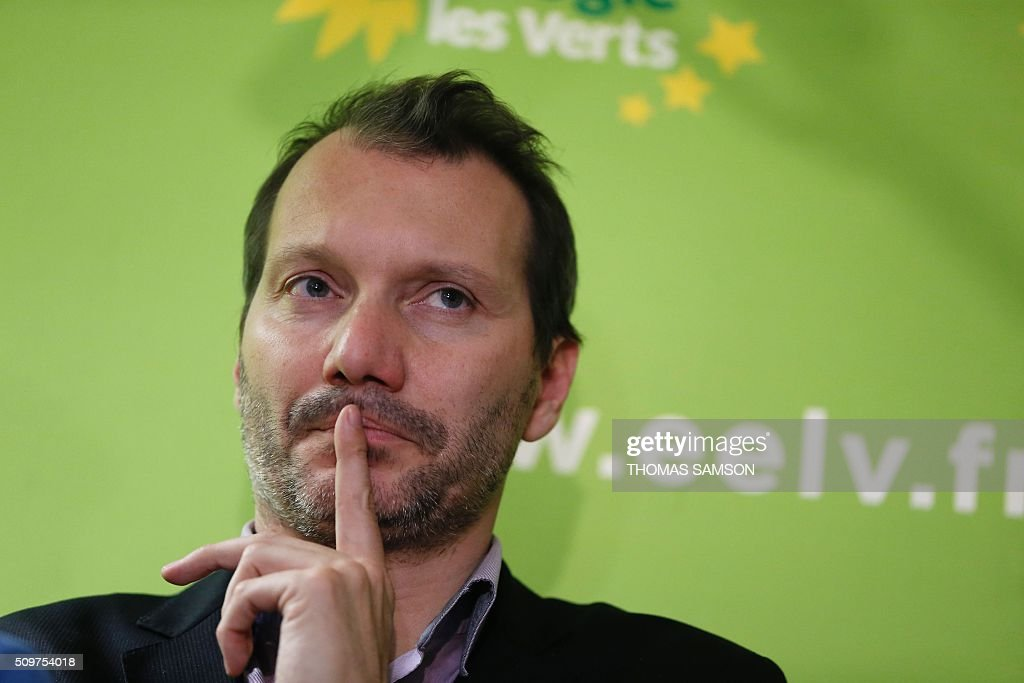 French Europe Ecologie Les Verts (EELV) green party new national secretary David Cormand poses on February 12, 2016 in Paris during a press conference. Cormand replaces Emmanuelle Cosse, named Housing minister by French President Francois Hollande. Hollande reshuffled his cabinet on February 11, 2016, naming Jean-Marc Ayrault foreign minister and adding several ecologists to government as he seeks to widen his political base ahead of a presidential poll in 2017. AFP PHOTO / THOMAS SAMSON / AFP / THOMAS SAMSON