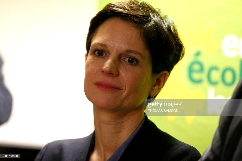 French Europe Ecologie Les Verts (EELV) green party spokesperson Sandrine Rousseau attends on February 12, 2016 in Paris a press conference of the EELV new leader David Cormand, replacing Emmanuelle Cosse, named housing minister by French President Francois Hollande. French President Francois Hollande reshuffled his cabinet on February 11, 2016, naming Jean-Marc Ayrault foreign minister and adding several ecologists to government as he seeks to widen his political base ahead of a presidential poll in 2017. AFP PHOTO / THOMAS SAMSON / AFP / THOMAS SAMSON