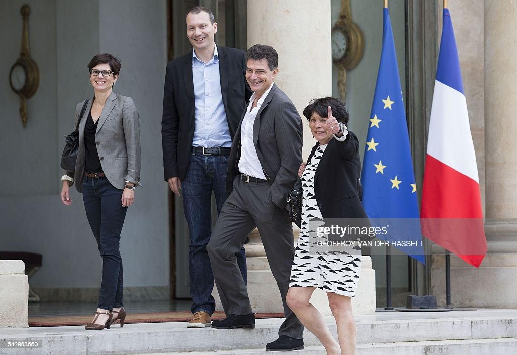 French Europe Ecologie-Les Verts green party members (L-R) Sandrine Rousseau, David Cormand, Pascal Durand and Michele Rivasi arrive for a meeting with French President on June 25, 2016 at the Elysee Palace in Paris, after Britain voted to leave the European Union a day before. Europe's press was awash with gloom and doom over Brexit on June 25, warning that it was a boon for nationalists while urging EU leaders to meet the challenge of their 'rendezvous with history'. / AFP / GEOFFROY