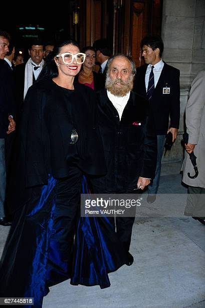 French eyewear designer Emmanuelle Khanh and sculptor Cesar at the 1987 Fashion Oscar Awards in Paris