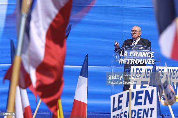 French farright National Front presidential candidate JeanMarie Le Pen addresses the crowd May 1 2002 during a political rally in Paris France...