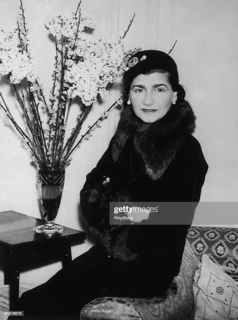 French fashion designer Gabrielle 'Coco' Chanel (1883 - 1971) at a London hotel, 1932.