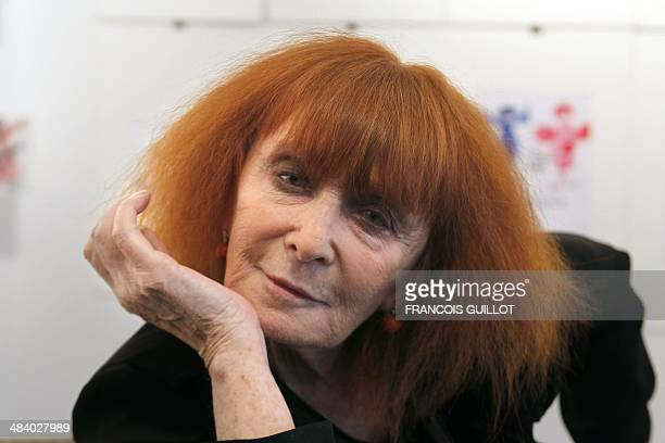French fashion designer Sonia Rykiel poses on June 3 2010 in Paris on the eve of the start of an exhibition of 200 of her drawings AFP PHOTO FRANCOIS...