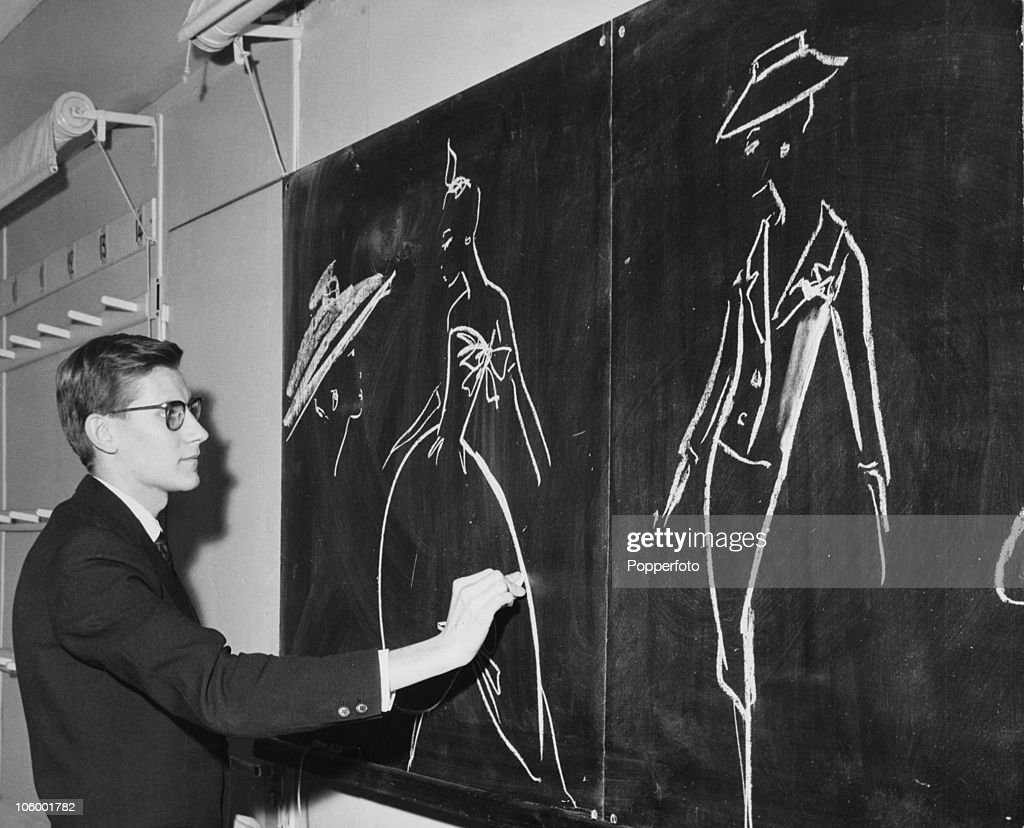 75 years since the birth of french fashion designer yves for Miroir yves saint laurent
