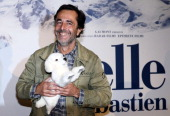 French film director Nicolas Vanier poses before the presenttaion of his movie 'Belle and Sébastien' on November 17 2013 in Paris AFP PHOTO / PATRICK...