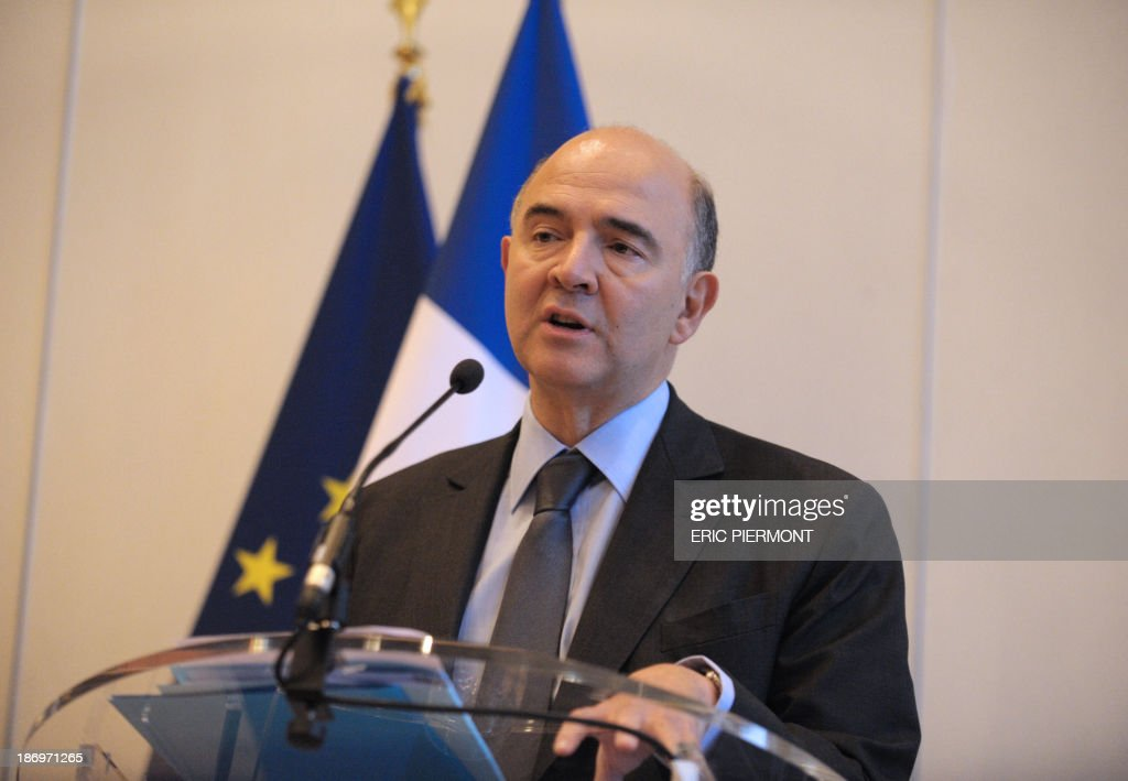 French Finance Minister Pierre Moscovici talks during a press conference on November 5, 2013 at the economy Ministry in Paris. France will miss its agreed target to cut its public deficit to the EU's 3.0-percent threshold, the European Commission said on Tuesday, putting the 2015 shortfall at 3.7 percent. The French government deficit will hit 4.1 percent this year, according to EU figures, and will fall to 3.8 percent only next year.