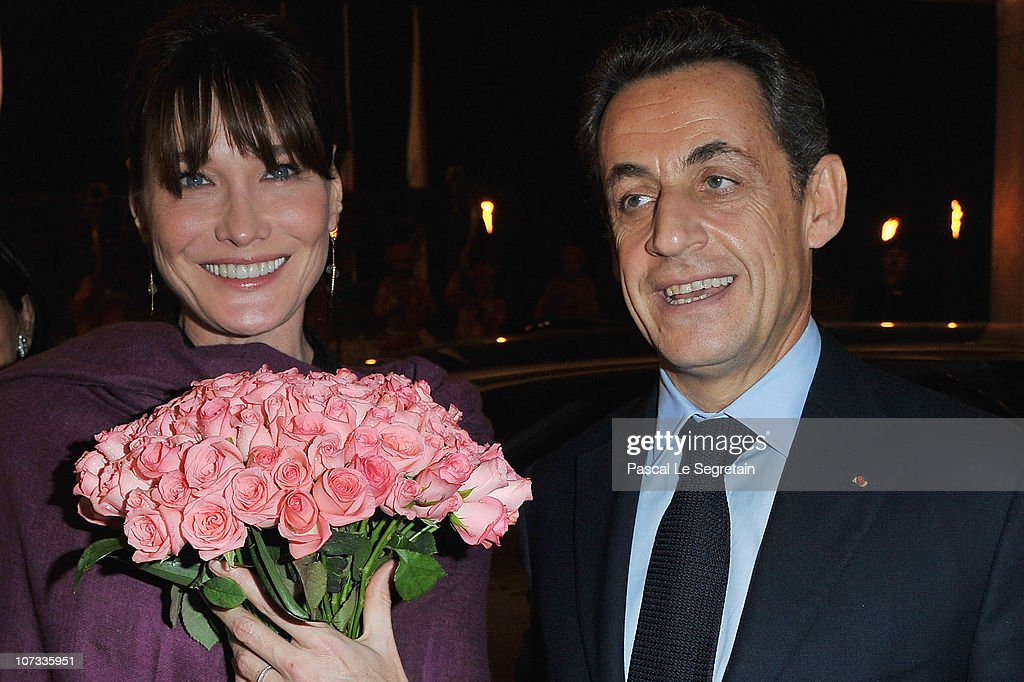 French first lady <a gi-track='captionPersonalityLinkClicked' href=/galleries/search?phrase=Carla+Bruni&family=editorial&specificpeople=235729 ng-click='$event.stopPropagation()'>Carla Bruni</a>-Sarkozy and French President <a gi-track='captionPersonalityLinkClicked' href=/galleries/search?phrase=Nicolas+Sarkozy&family=editorial&specificpeople=211375 ng-click='$event.stopPropagation()'>Nicolas Sarkozy</a> arrive at the Taj Mahal Palace Hotel on December 5, 2010 in New Delhi, India. French President <a gi-track='captionPersonalityLinkClicked' href=/galleries/search?phrase=Nicolas+Sarkozy&family=editorial&specificpeople=211375 ng-click='$event.stopPropagation()'>Nicolas Sarkozy</a> is on a four-day working visit to India and is expected to chase lucrative French-Indian trade contracts. He is also expected to seek support for his G20 agenda, on his first visit to a G20 member state, after taking over the presidency of the G20 group.