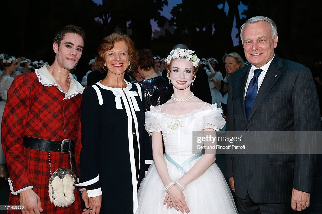 French first minister <a gi-track='captionPersonalityLinkClicked' href=/galleries/search?phrase=Jean-Marc+Ayrault&family=editorial&specificpeople=551961 ng-click='$event.stopPropagation()'>Jean-Marc Ayrault</a> (R) with his wife Brigitte (2nd L), Main Dancer of Bolchoi Evgenia Obrastzova (2nd R) and Dancer Mathias Heymann (L) on stage at Gala of AROP at Opera Garnier with representation of 'La Sylphide' on June 24, 2013 in Paris, France.