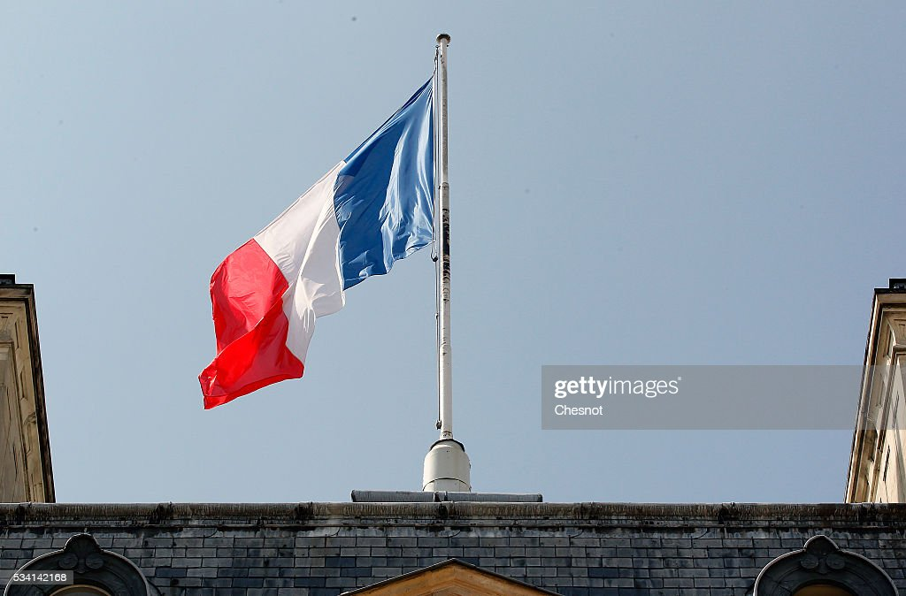 French flag flies on the top of the Elysee Presidential Palace on May 25, 2016 in Paris, France. The French Government confirms that it tapped into its strategic reserves of petroleum products and said the equivalent of three days of inventory of 115 available had been used until now. the French government is facing a serious crisis following the El Khomri law.