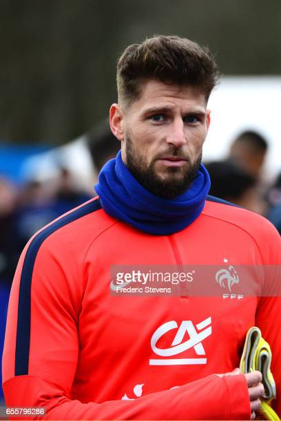 French Football Team goalkeeper Benoit Costil during the training session on March 20 2017 in Clairefontaine France The training session comes before...