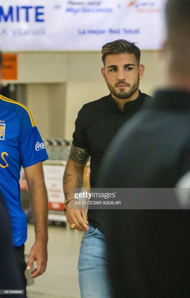 French footballer Andy Delort arrives on August 30 2016 at the airport of Monterrey Mexico where he will undergo medical exams to join Mexican team...
