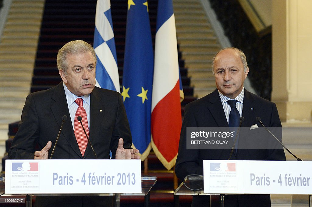 French Foreign Affairs Minister Laurent Fabius (R) and his Greek counterpart Dimitris Avramopoulos give a press conference in February 4, 2013 in Paris .