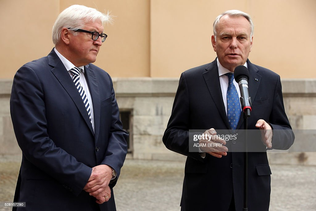 French Foreign Minister Jean-Marc Ayrault (R) gives a statement to the press with German Foreign Minister Frank-Walter Steinmeier at the foreign ministry's guest house Villa Borsig in the suburbs of Berlin on May 4, 2016 ahead of a meeting on Syria as concerns grow over the war-torn country's faltering truce. / AFP / Adam BERRY