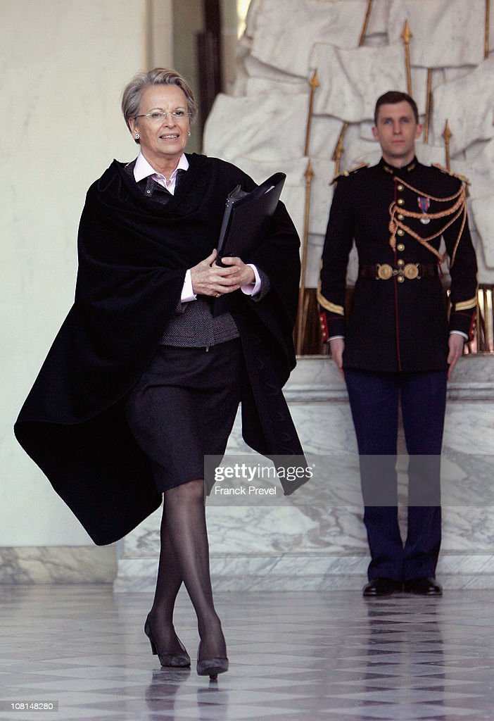 French Foreign Minister <a gi-track='captionPersonalityLinkClicked' href=/galleries/search?phrase=Michele+Alliot-Marie&family=editorial&specificpeople=536962 ng-click='$event.stopPropagation()'>Michele Alliot-Marie</a> leaves the weekly cabinet meeting at Elysee Palace on January 19, 2011 in Paris, France.
