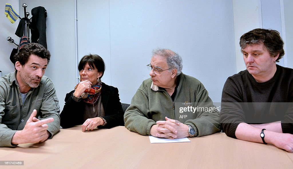 French former CGT union representative at German auto parts maker Continental Clairvoix factory, Xavier Mathieu (L) next to Marie-laure Dufresnes-Castets, lawyer of struggle committee (2nd L) ,Roland Spirko ( 2nd R)delegate class struggle and Pierre Somme (R) secretary of the Continental establishment Clairoix, gives a press conference, on February 15, 2013, in Clairoix. Administrative Court annulled on February 14, 2013, the decisions Amiens on dismissal of employees protected plant Continental Clairoix, which challenged the economic motive.