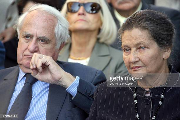 French former minister Simone Veil and her husband Antoine attend a ceremony 16 October 2007 in Nice in memory of their brother and other 10 jewish...