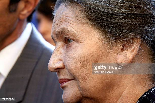 French former minister Simone Veil attends a ceremony 16 October 2007 in Nice in memory of their brother and other 10 jewish children members of Parc...