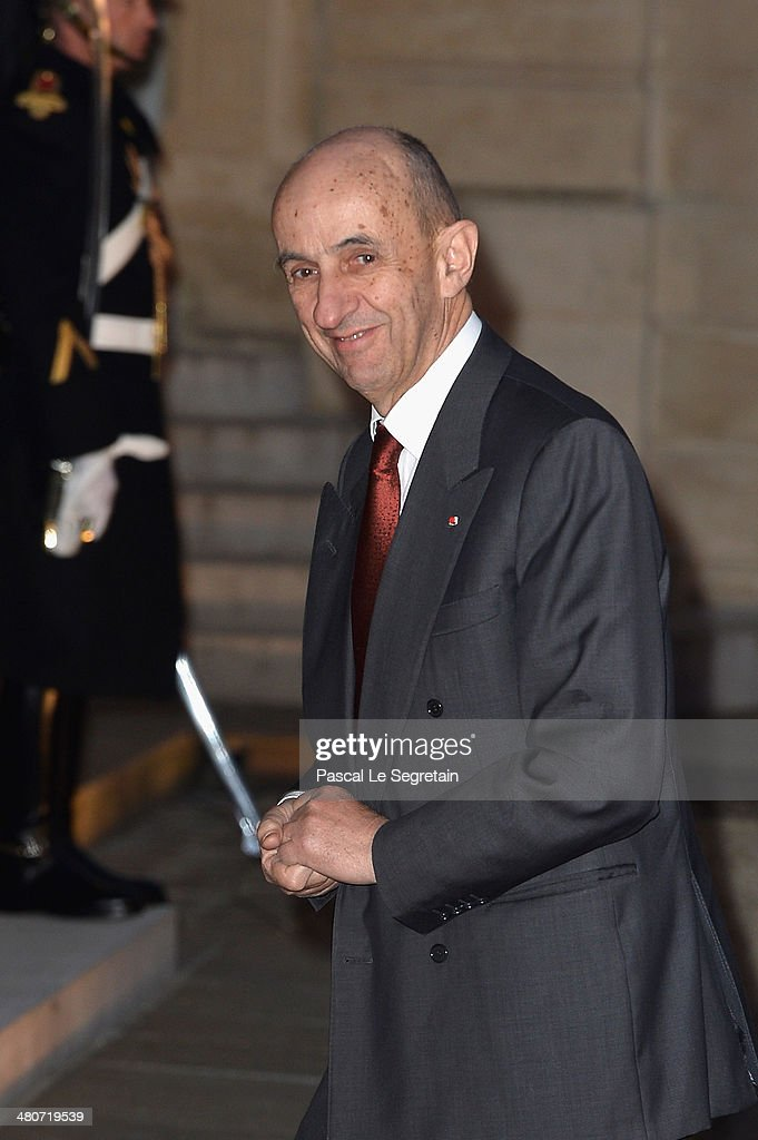 French General Commissioner for Investment <a gi-track='captionPersonalityLinkClicked' href=/galleries/search?phrase=Louis+Gallois&family=editorial&specificpeople=752096 ng-click='$event.stopPropagation()'>Louis Gallois</a> arrives at the Elysee Palace for an official dinner hosted by French President Francois Hollande as part of a two days State visit of the Chinese President Xi Jinping on March 26, 2014 in Paris, France.