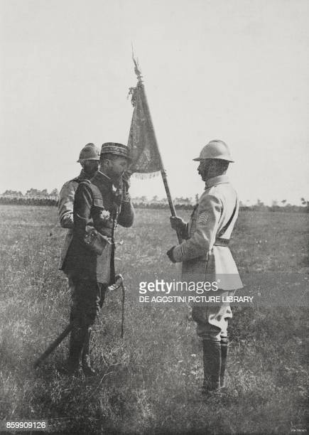 French General Henri Gonraud kissing the banner of a Dragons regiment World War I from l'Illustrazione Italiana Year XLV No 32 August 11 1918