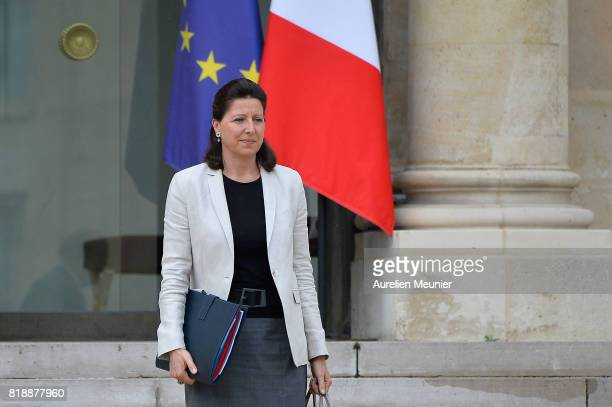 French Health and Solidarity Minister Agnes Buzyn leaves the Elysee Palace after the weekly cabinet meeting with French President Emmanuel Macron on...