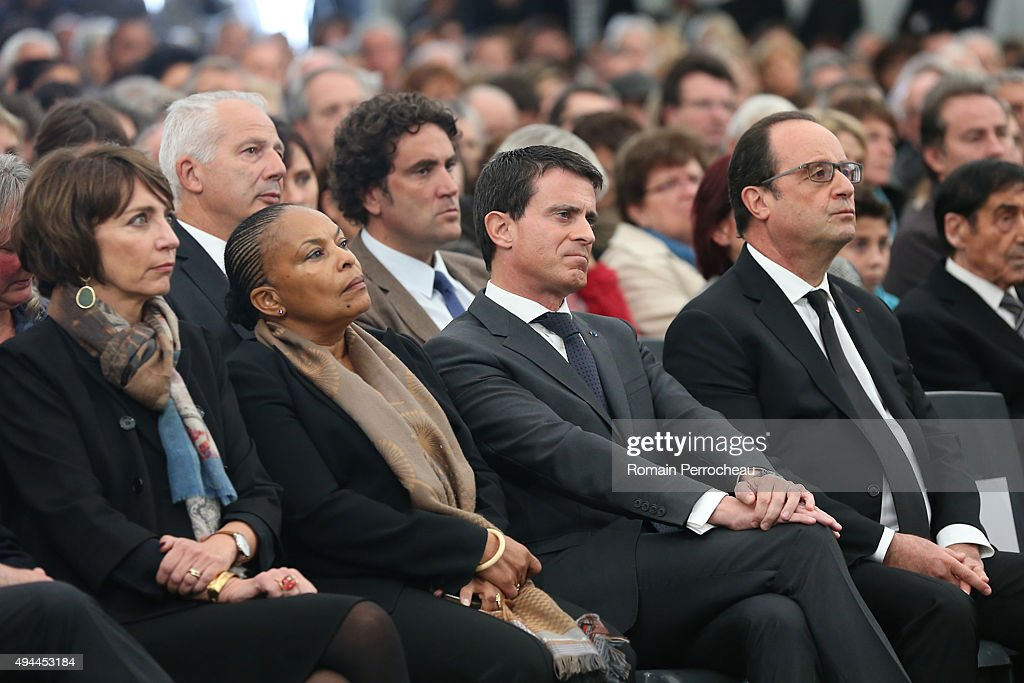 French Health Minister Marisol Touraine, French Justice Minister Christiane Taubira, French Prime Minister Manuel Valls and French President Francois Hollande attend the ceremony in memory of the victims of French bus crash on October 27, 2015 in Petit Palais et Cornemps, France. The bus which crashed four days ago was carrying elderly people on a day trip when it struck a lorry head on and burst into flames. The crash caused at least 43 deaths, making it the deadliest road accident in France since 1982.