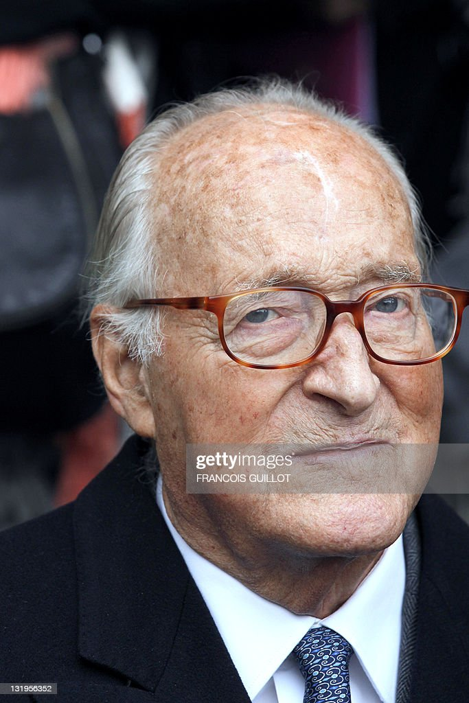 French historian and Academie Francaise member Alain Decaux attends a ceremony to unveil a plaque to mark the building where French entertainer Henri Salvador had lived for 46 years, 6 place Vendome in Paris, on November 9, 2011.