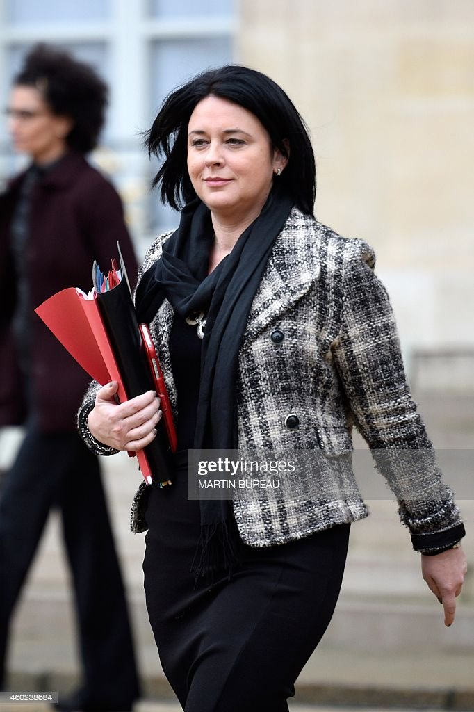French Housing Minister <a gi-track='captionPersonalityLinkClicked' href=/galleries/search?phrase=Sylvia+Pinel&family=editorial&specificpeople=9331820 ng-click='$event.stopPropagation()'>Sylvia Pinel</a> leaves after the weekly cabinet meeting at the Elysee presidential palace in Paris on December 10, 2014. AFP PHOTO / MARTIN BUREAU