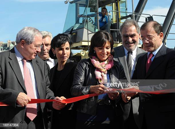French IledeFrance region president JeanPaul Huchon French Junior Minister for Transports and Maritime Economy Frederic Cuvillier former Justice...