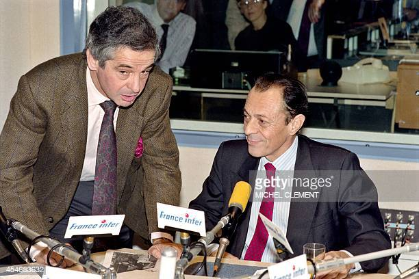 French journalist Ivan Levai speaks with French Prime Minister Michel Rocard during the radio show 'Petit déjeuner de France Inter' at the French...