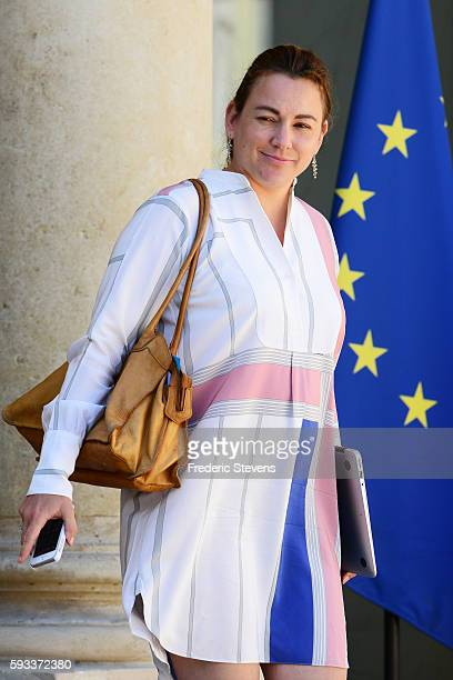 French junior minister for Digital Economy Axelle Lemaire leaves the Elysee Presidential Palace on August 22 2016 in Paris France This is the first...