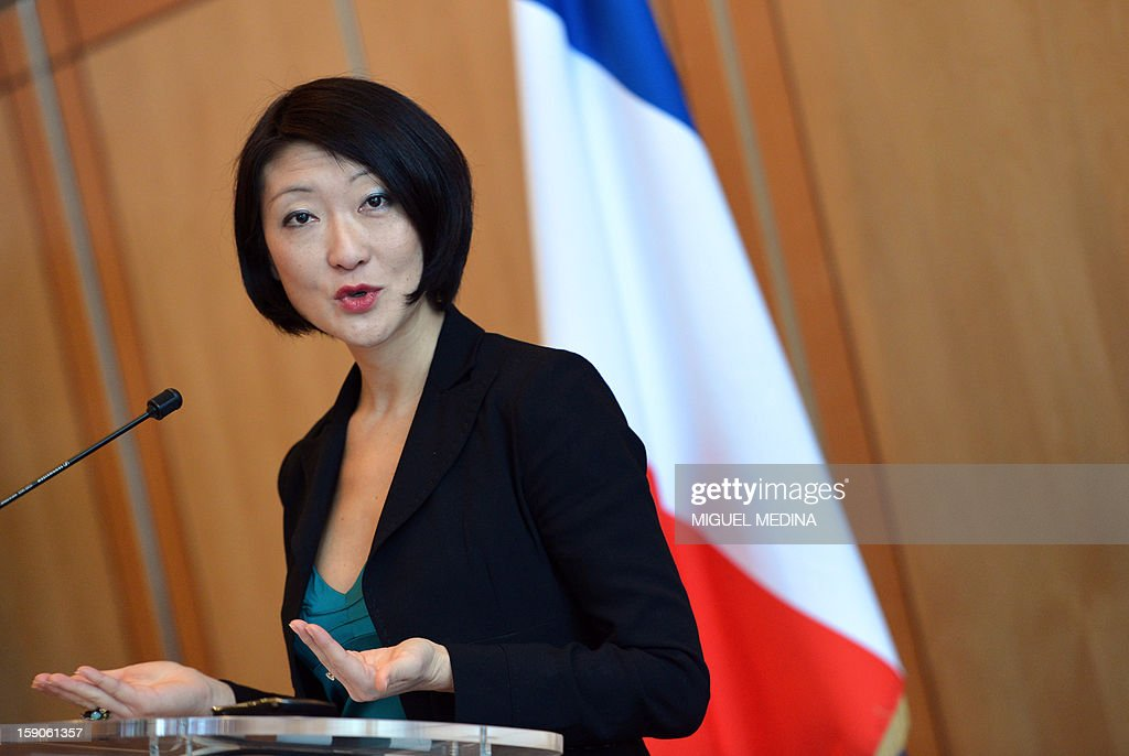 French Junior minister for Medium and Small sized enterprises Fleur Pellerin delivers a speech, on January 7, 2013 at the ministry in Paris, after a meeting with representatives of telecoms company and internet provider Free and online publishers and advertisers to try and resolve a dispute over a decision by Free to block online advertisements.