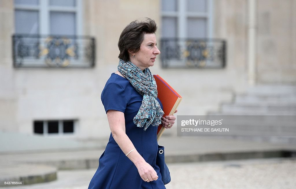 French Junior minister for State reform and Simplification Clotilde Valter leaves after a weekly cabinet meeting on June 30, 2016 at the Elysee presidential Palace in Paris. / AFP / STEPHANE