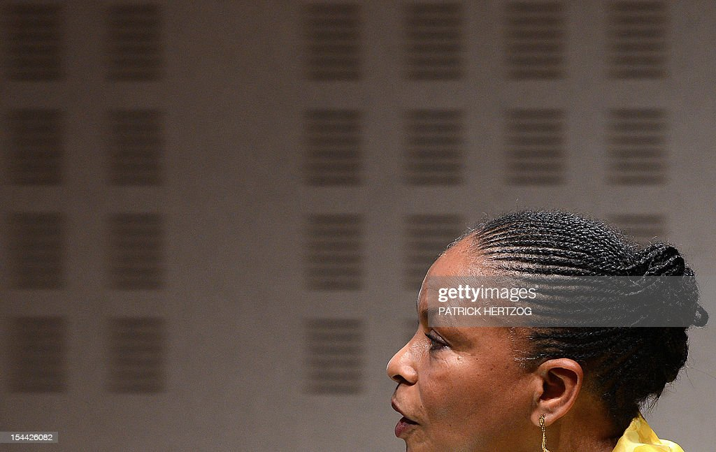 French Justice Minister Christiane Taubira delivers a speech during the annual congress of the Union Syndicale des Magistrats (union association of magistrates), in Colmar, eastern France, on October 19, 2012. AFP PHOTO / PATRICK HERTZOG
