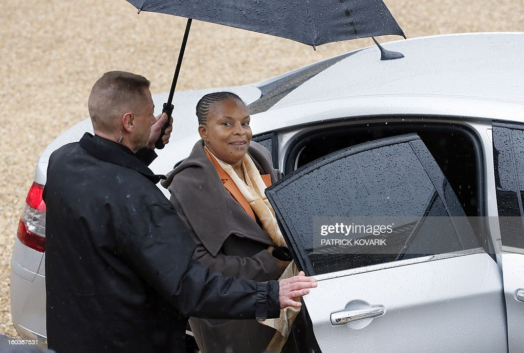 French Justice Minister, Christiane Taubira leaves the Elysee presidential Palace after the weekly cabinet meeting on January 30, 2013 in Paris.
