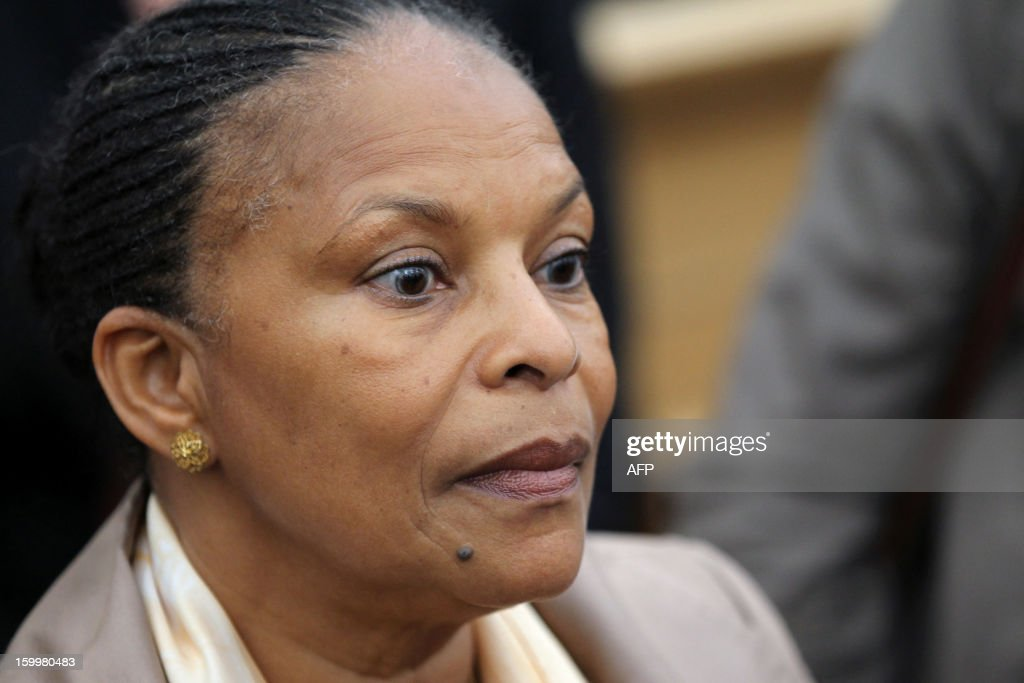 French Justice Minister Christiane Taubira talks to journalists after a meeting with member of the Corsican assembly on January 24, 2013, in Ajaccio, Corsica, during a visit on the island focusing on new measures taken against organized crime. AFP PHOTO / PASCAL POCHARD-CASABIANCA