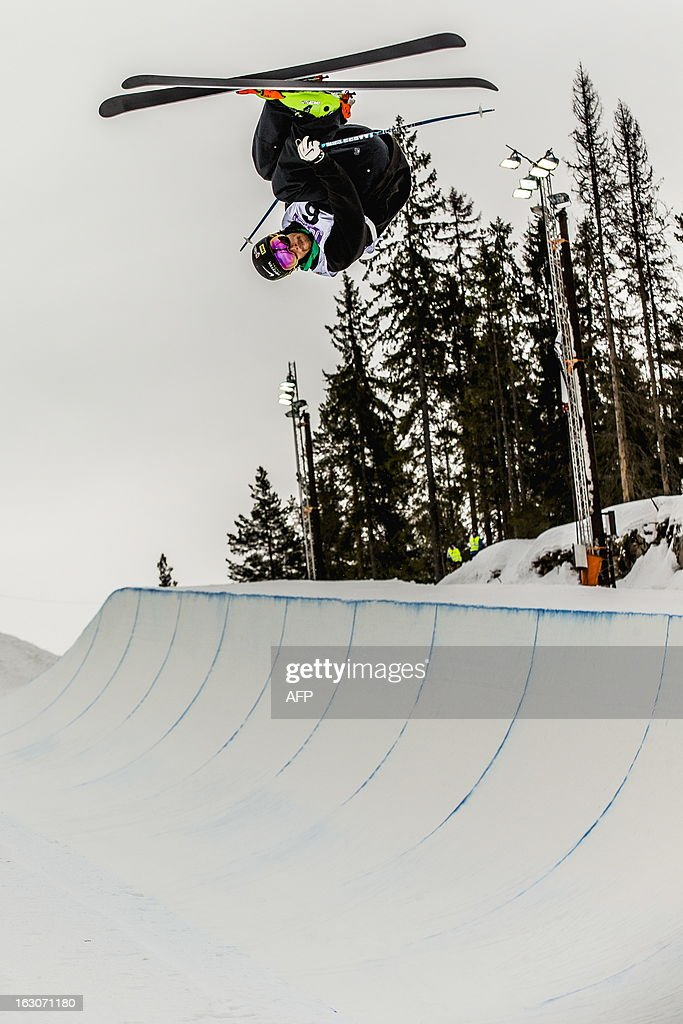 French Kevin Rolland competes during the qualification race for the FIS men Freestyle Halfpipe Skiing World Cup in Oslo-Tryvann, Norway on March 4, 2013. The actual competition will take place on March 5, 2013. AFP PHOTO / SCANPIX/ STIAN LYSBERG SOLUM NORWAY OUT