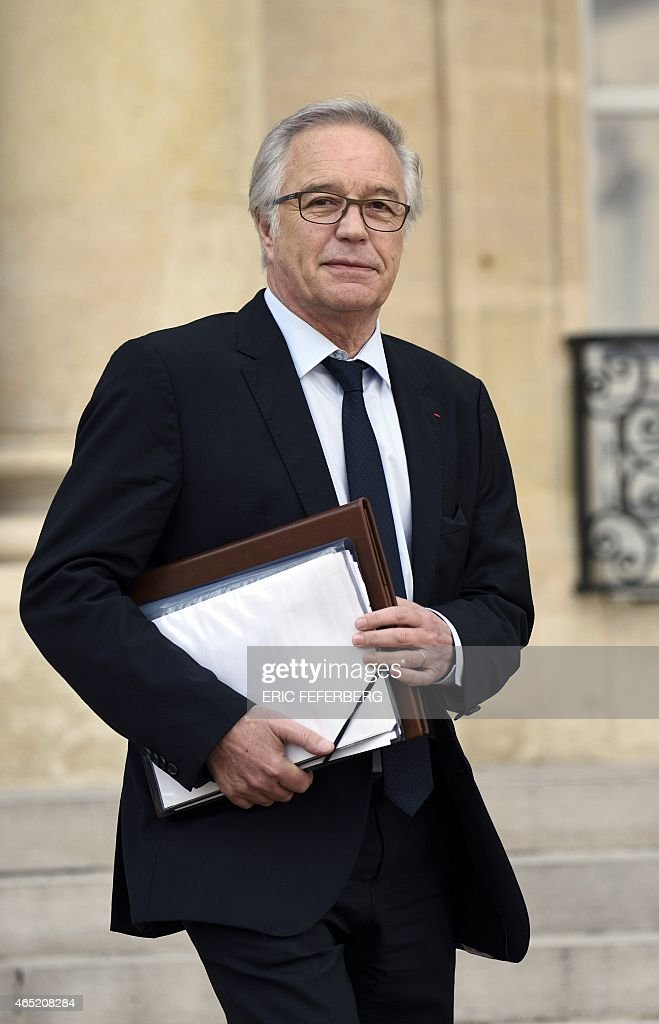 French Labour Minister <a gi-track='captionPersonalityLinkClicked' href=/galleries/search?phrase=Francois+Rebsamen&family=editorial&specificpeople=590201 ng-click='$event.stopPropagation()'>Francois Rebsamen</a> leaves on March 4, 2015 the presidential Elysee palace after the weekly cabinet meeting in Paris.