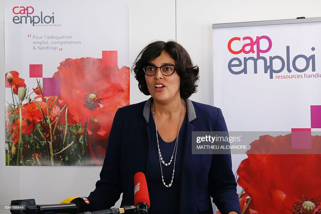 French Labour minister Myriam El-Khomri gives a press conference during her visit to Cap Emploi, France's national employment agency for disabled people, on May 25, 2016 in Paris. / AFP / MATTHIEU