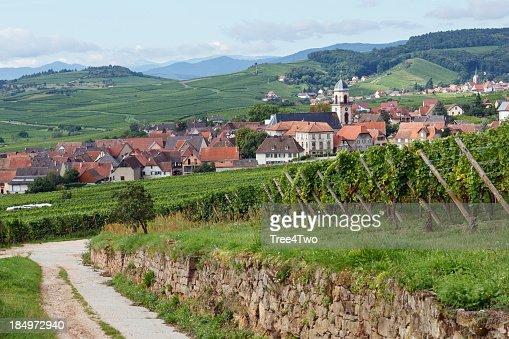 Paysage fran ais village sainthippolyte en alsace photo for Paysage francais
