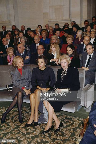 French L'Oreal heiress socialite businesswoman and philanthropist Liliane Bettencourt surrounded by Bernadette Chirac Claude Pompidou Arielle...