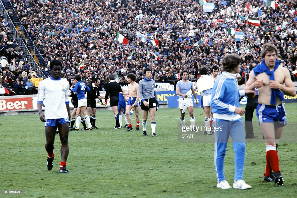 French Marius Tresor walks off the field after Italy beat France 2-1 in their World Cup first round soccer match 02 June 1978 in Mar del Plata.