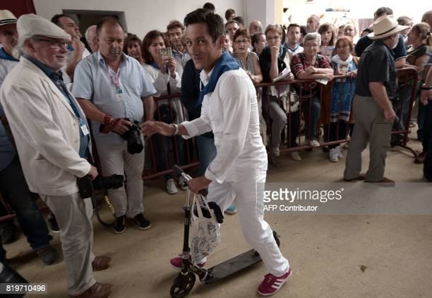 French matador Julien Lescarret arrives at Plumacon arena in Mont de Marsan during the festival of La Madeleinesouthwestern France on July 20 2017 /...