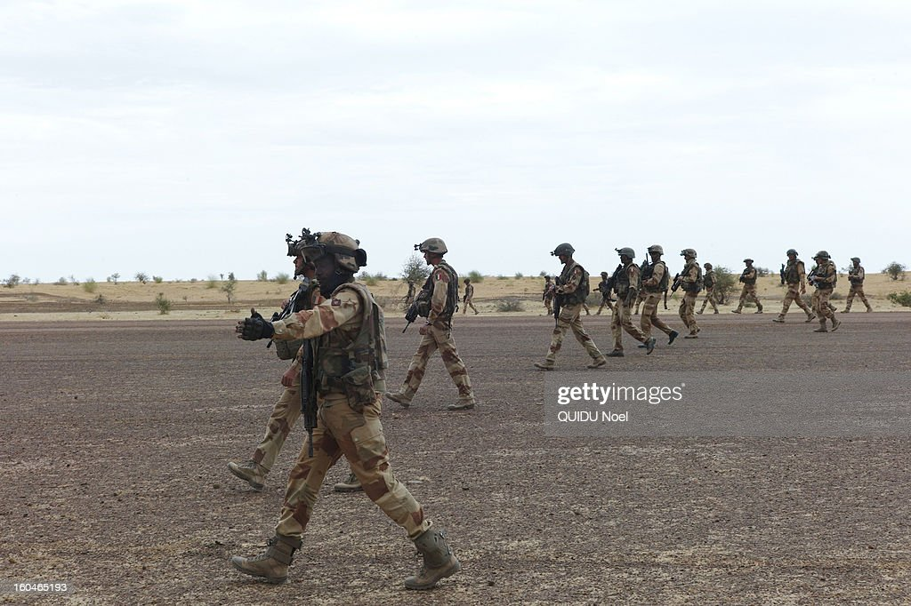 French military intervention in Mali Serval operation against the Islamic jihad, the release of Timbuktu, french soldiers on Goundam airport on January 27, 2013.