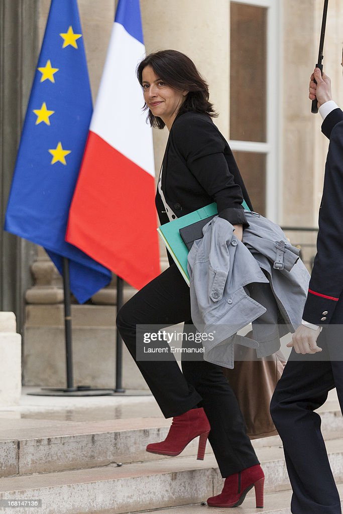 French Minister for Equality of Territories and Housing, <a gi-track='captionPersonalityLinkClicked' href=/galleries/search?phrase=Cecile+Duflot&family=editorial&specificpeople=4057002 ng-click='$event.stopPropagation()'>Cecile Duflot</a>, arrives for a work meeting of government ministers presided by French President Francois Hollande at Elysee Palace on May 6, 2013 in Paris, France.