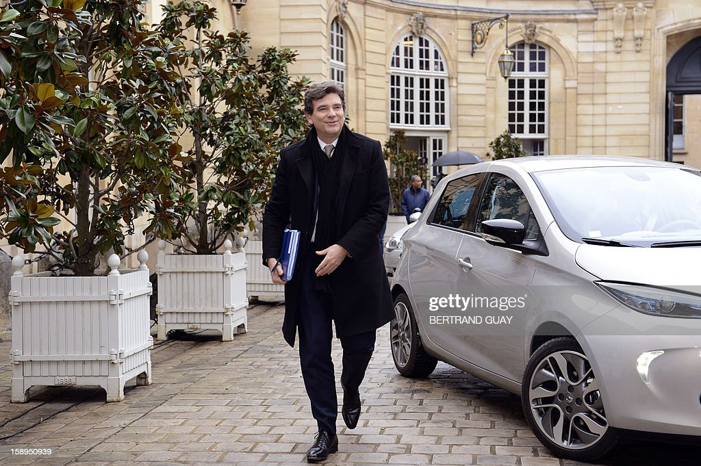 French Minister for Industrial Recovery, Arnaud Montebourg arrives to take part in a government seminar focusing on the government's agenda for the coming year on January 4, 2013 at the Hotel Matignon in Paris.