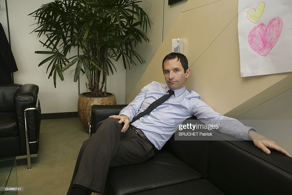 French minister of Economy Benoit Hamon is photographed for Paris Match inside his minister's office in Bercy on October 11, 2012 in Paris, France. (Photo by Patrick Bruchet/Paris Match via Getty images).