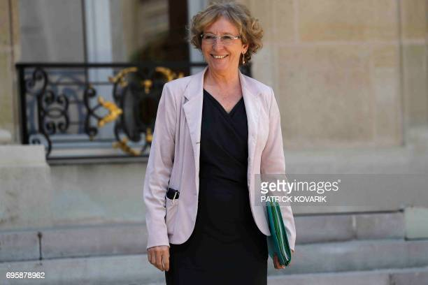 French Minister of Labour Muriel Penicaud leaves a cabinet meeting on June 14 2017 at the Elysee Palace in Paris / AFP PHOTO / Patrick KOVARIK